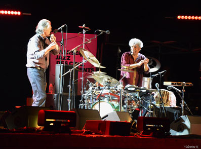 Jan Garbarek et Trilok Gurtu © Valentine Kieffer by courtesy of Marseille Jazz des Cinq Continents