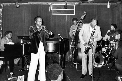 Harry Sweets Edison et Eddie Lockjaw Davis, Los Angeles, July 1979, unknown location, Dolo Coker (p), Harry Edison (tp) Allen Jackson (b), Eddie Lockjaw Davis (ts), Kenny Dixon (dm) ©Howard Lucraft Collection/CTSIMAGES