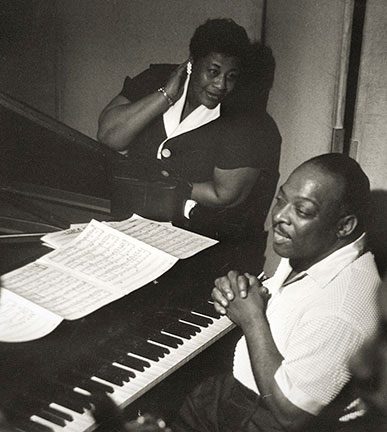 Ella Fitzgerald_Count Basie Fine Studio NYC 1956 © Burt Goldblatt Estate Archives/CTSIMAGES
