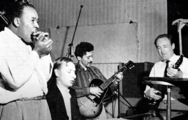 Jimmy Cotton (hca), Keith Scott (p), Alexis Korner (g), Chris Barber (eb), 1961 © Photo X, collection Michel Laplace